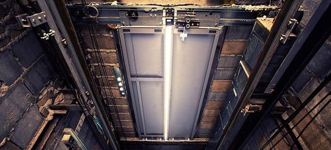 سرویس و نگهداری آسانسور شامل چه مواردی است؟